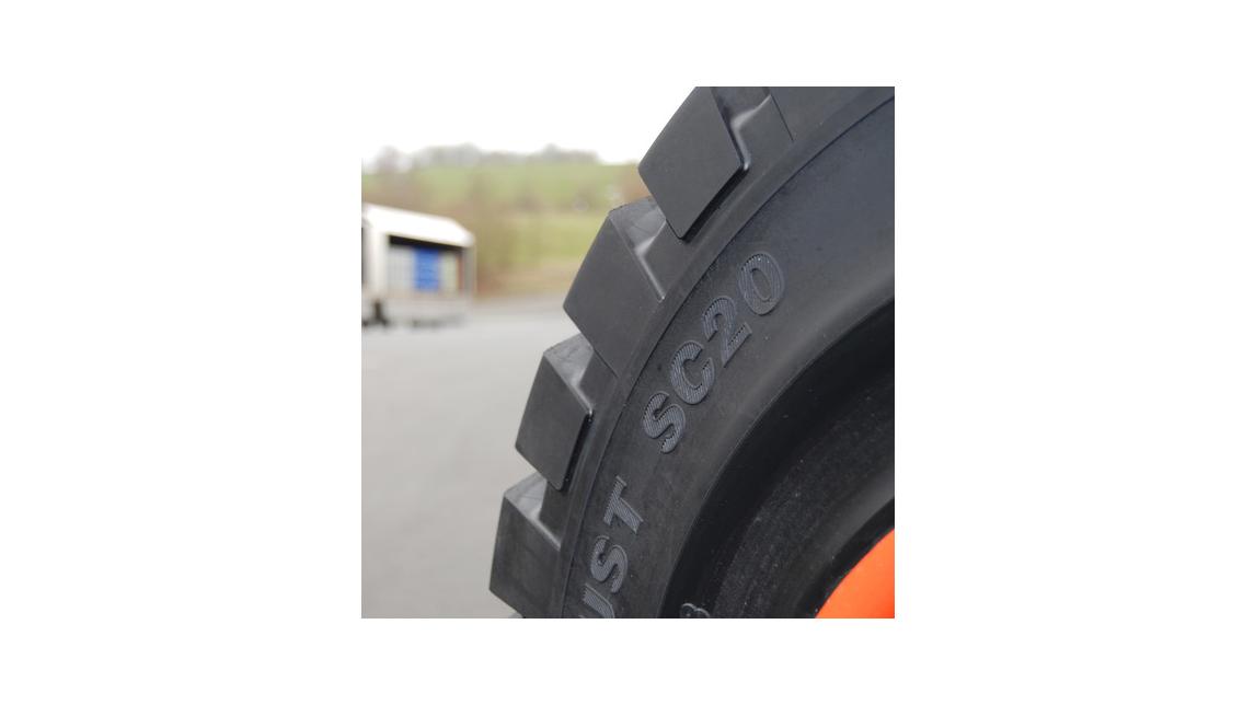 Logo Tires