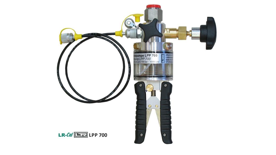 Logo LR-Cal Calibration Hand Pumps
