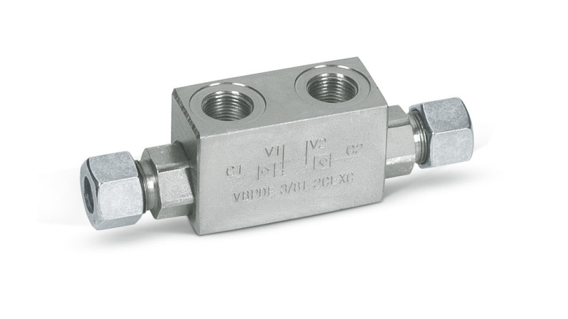 Logo Single and double operated check valves