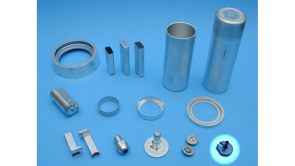 Logo Kaltfliesspressteile aus Aluminium