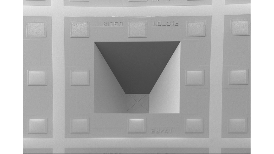 Logo RISEQ  Lichteinfallssensor