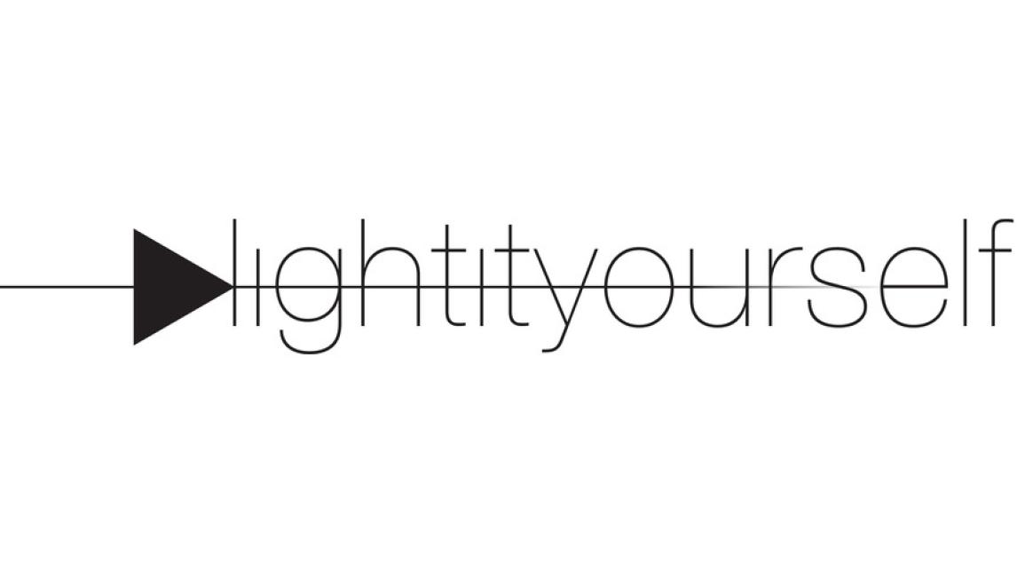 Logo Makers Community LIY «Light It Yourself»