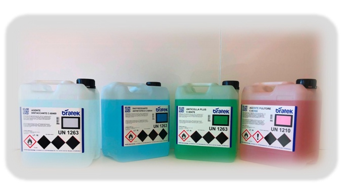 Logo BRATEK cleaning agents