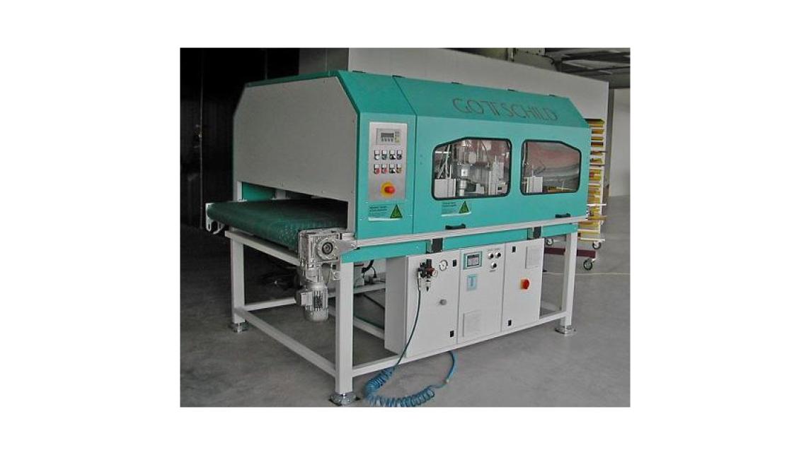 Logo Poliermaschine/Schleifmaschine HBS 2500 für lackierte Hochglanz-Möbel